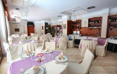 Restaurant/salle de petit-déjeuner Belsito