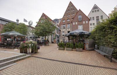 Am_Hopfenmarkt-Rostock-Exterior_view-5-220013.jpg