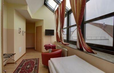 Am_Hopfenmarkt-Rostock-Room-7-220013.jpg