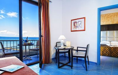 La_Battigia-Alcamo-Room-2-220414.jpg