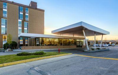 HERITAGE_INN_HOTEL_AND_CONVENTION_CENTRE-Saskatoon-Room-3-220944.jpg