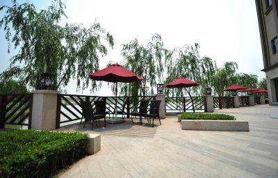 New_Century_Manju_Hotel_Luoshan_Former_Rhea_Lakeview-Shanghai-View-1-221089.jpg