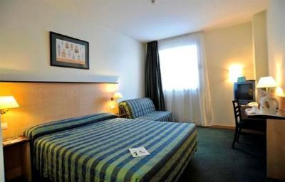 Campanile_Madrid_West_Las_Rozas-Las_Rozas_de_Madrid-Room-221288.jpg