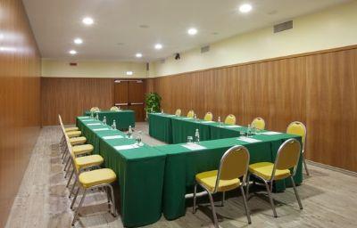 Holiday_Inn_CAGLIARI-Cagliari-Conference_room-11-221365.jpg