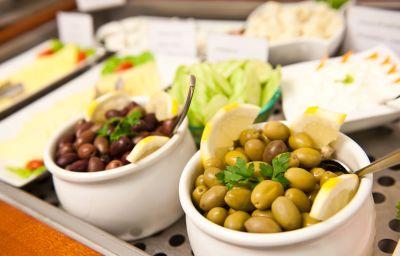 Petit-déjeuner buffet Piraeus Dream