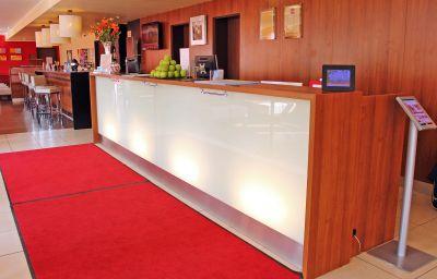 Recepción Star Inn Hotel München Schwabing