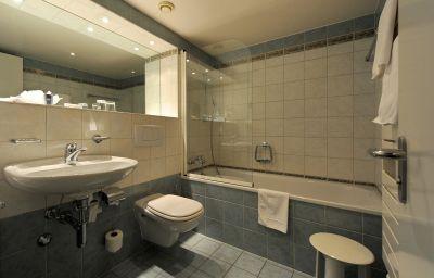 Astra_Vevey-Vevey-Bathroom-223471.jpg