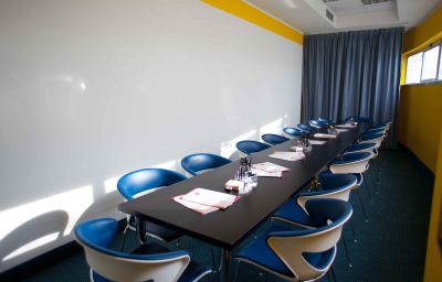 Prestige_Hotel_Motel-Grugliasco-Meeting_room-1-251733.jpg