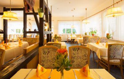 Am_Schlosspark-Wernigerode-Restaurant-1-252199.jpg