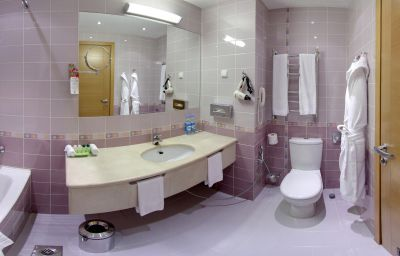 Bagno in camera NashOTEL НашОтель Sankt-Peterburg (Saint Petersburg)