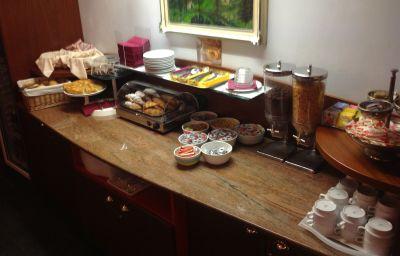 Buffet prima colazione Conca Verde