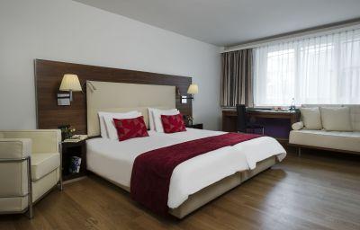 Single room (superior) Astoria