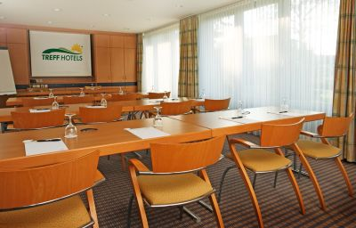 Conference room H+ Hotel Solingen City Centre B&B