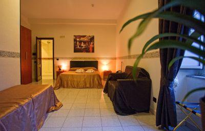 Vergilius_Billia-Naples-Four-bed_room-1-255127.jpg