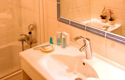 Bagno in camera Le Mas d'Huston Spa & Golf Resort Saint-Cyprien (Languedoc-Roussillon)