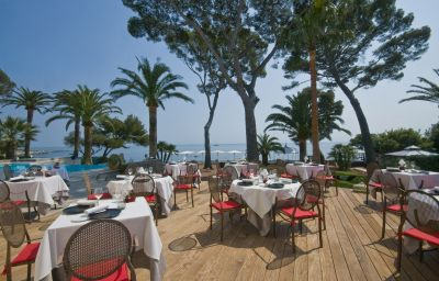 La_Villa_Mauresque-Saint-Raphael-Terrace-3-256575.jpg