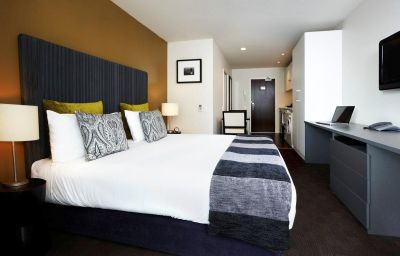 The_Quadrant-Auckland-Room-2-257400.jpg