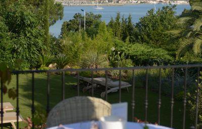 La_Bastide_D_Antoine-Saint-Tropez-View-257469.jpg