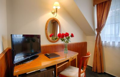 Clementin_Old_Town-Prague-Double_room_superior-2-258312.jpg