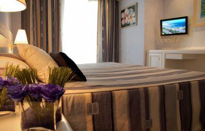 Mediterraneo_Sitges_Hotel_Apartments-Sitges-Double_room_standard-1-350060.jpg