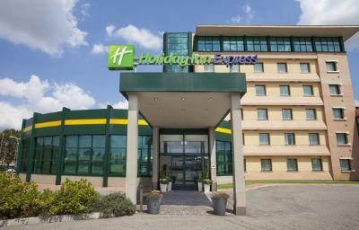Holiday_Inn_Express_BOLOGNA_-_FIERA-Bologna-Exterior_view-9-351292.jpg