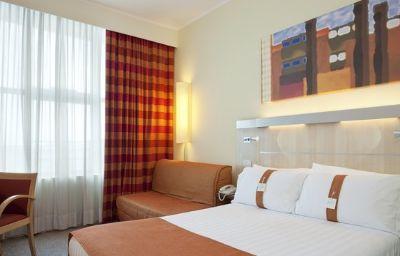 Holiday_Inn_Express_BOLOGNA_-_FIERA-Bologna-Room-18-351292.jpg