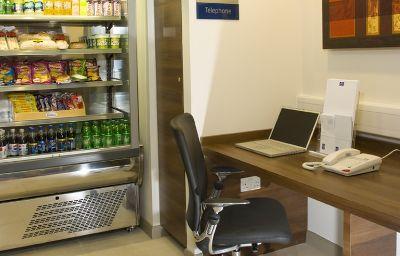 Holiday_Inn_Express_BRISTOL_-_NORTH-Bristol-Business_centre-365362.jpg