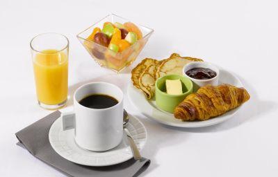CAMPANILE_MARSEILLE_-_Saint-Antoine-Marseille-Breakfast_room-366091.jpg