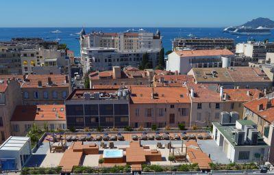 Best_Western_Le_Patio_des_Artistes-Cannes-Brine_bath-2-366153.jpg