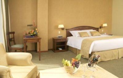 DANN_CARLTON_HOTEL_QUITO-Quito-Room-2-367295.jpg