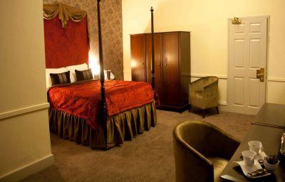 Suite Hallmark Carlisle
