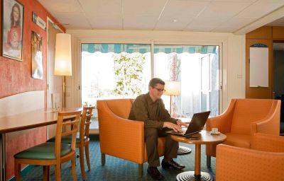ibis_Laval_le_Relais_dArmor-Laval-Hotel_bar-367450.jpg