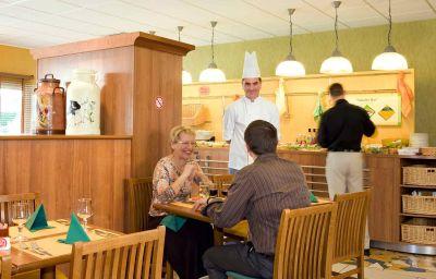 ibis_Laval_le_Relais_dArmor-Laval-Restaurantbreakfast_room-5-367450.jpg