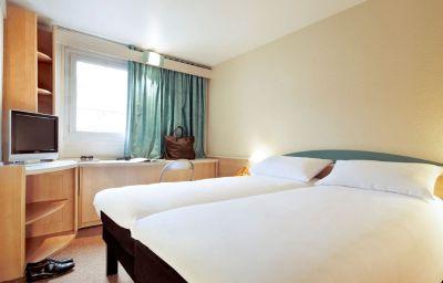 ibis_Paris_Rueil_Malmaison-Rueil-Malmaison-Room-13-367457.jpg