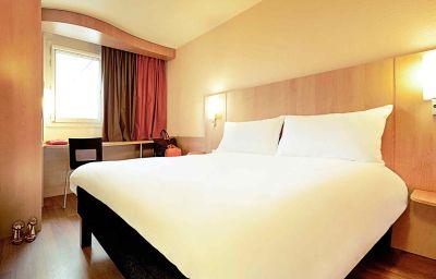 ibis_Paris_Rueil_Malmaison-Rueil-Malmaison-Room-3-367457.jpg
