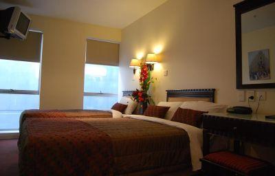 TRINITY_HOTEL-Wellington-Room-7-367553.jpg