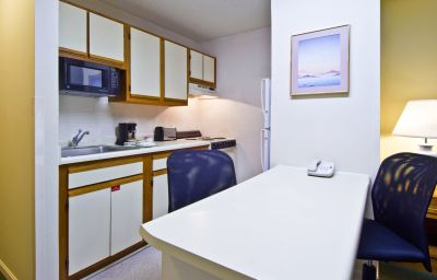 EXTENDED_STAY_AMERICA_N_CARMEL-Indianapolis_city-Room-2-369620.jpg