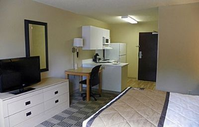 EXTENDED_STAY_AMERICA_WILMINGT-Wilmington-Room-3-369690.jpg