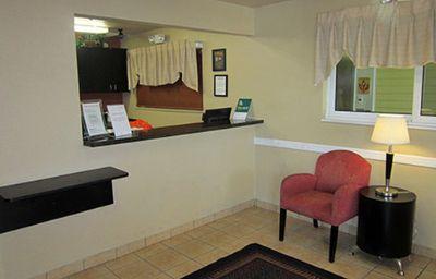 CROSSLAND_STUDIOS_COMMERCIAL_B-Fort_Lauderdale-Hotelhalle-369812.jpg