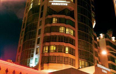 EXECUTIVE_HOTEL_VINTAGE_PARK-Vancouver-Exterior_view-1-370008.jpg