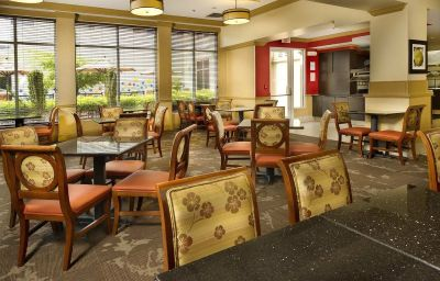 Restauracja HILTON GARDEN INN CHATTANOOGA DOWNTOWN