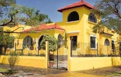 CASA_MADONNA_LA_PROVIDENCE-Guadalajara-Aussenansicht-2-371056.jpg