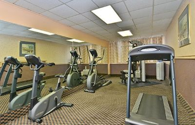 Quality_Inn_Suites_Event_Center-Des_Moines-Wellness_and_fitness_area-371598.jpg