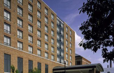 THE_BLACKWELL_SUMMIT_HOTELS_AN-Columbus-Buisnesscenter-374055.jpg