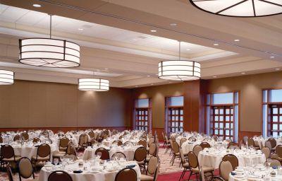 THE_BLACKWELL_SUMMIT_HOTELS_AN-Columbus-Tagungsraum-1-374055.jpg