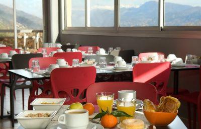 Le_Baou-La_Gaude-Breakfast_room-11-374419.jpg