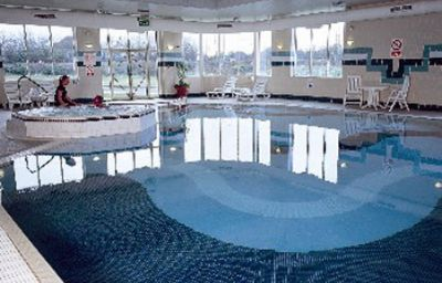 Daventry_Court_-_The_Hotel_Collection-Daventry-Pool-3-374749.jpg