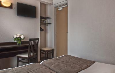Les_Hauts_de_Passy-Paris-Double_room_standard-9-375063.jpg