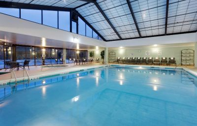 Holiday inn springfield south enfield ct enfield for A salon enfield ct