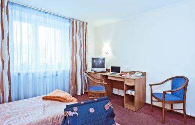 Karelia_Business_Hotel-Sankt-Peterburg-Doppelzimmer_Standard-5-376342.jpg